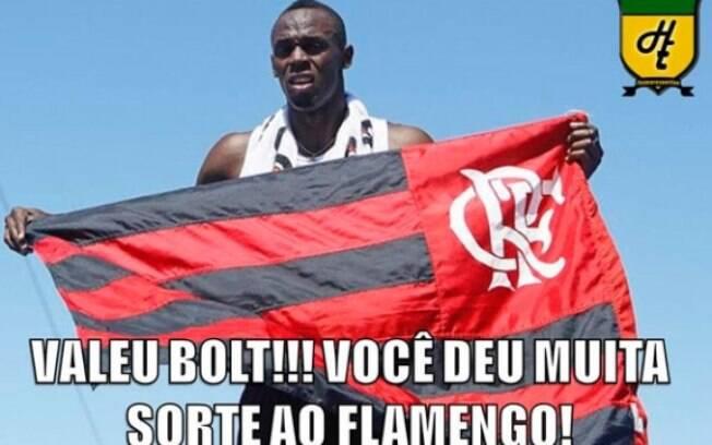 Rivais fazem alusão à presença de Bolt no Rio  e a foto com a bandeira do Flamengo