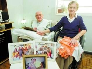 Família. Casado com Juracy há 70 anos, Elídio Gomes tem seis filhos, 17 netos e cinco bisnetos