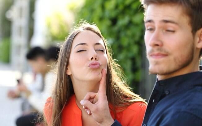 Muitas mulheres passam pela situação de se apaixonar, mas o homem não dá indícios de assumir um relacionamento sério