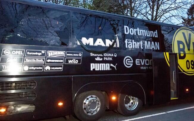 Polícia investiga atentado a bomba contra o ônibus do Borussia Dortmund