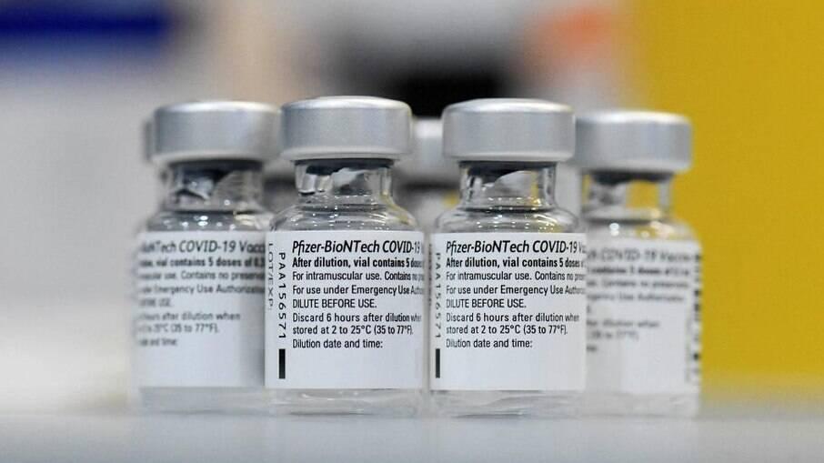 Uruguai: acidente com helicóptero causa perda total de vacinas da Pfizer