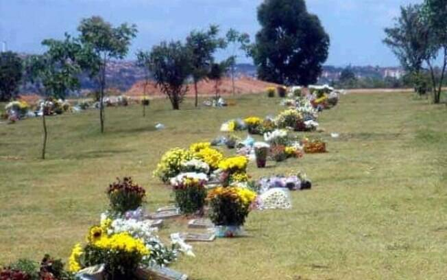 Família abriu caixão durante velório no Parque das Flores.