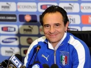 'Até o começo da Copa estaremos prontos, prometeu o treinador italiano