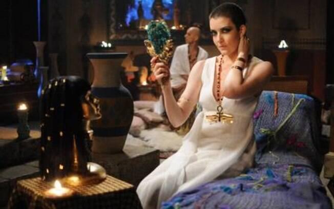 Larissa Maciel como Miriã na novela bíblica da Record