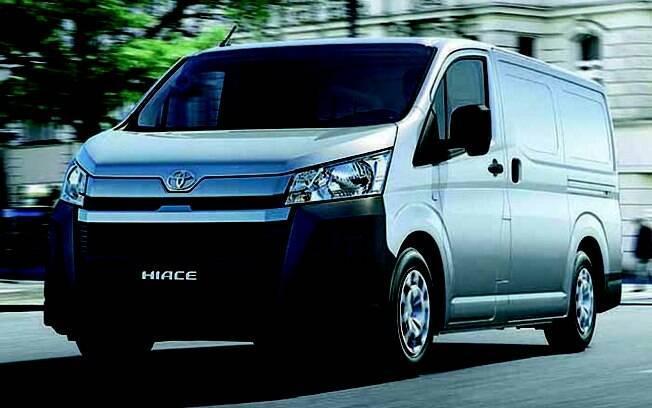 Toyota Hiace: importado do Japão, modelo compartilha seu motor 2.8 turbodiesel com a Toyota Hilux
