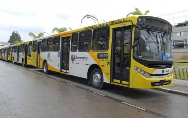 Linhas de ônibus irão operar com frota reduzida na próxima semana.