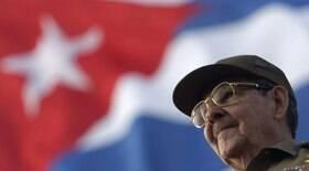 Raúl Castro anuncia aposentadoria e deixa liderança do Partido Comunista