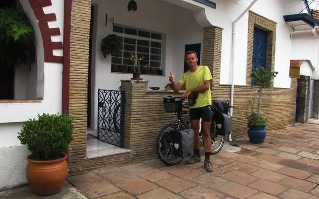 O francês Daniel Perou deu a volta ao mundo se hospedando pelo Warmshowers