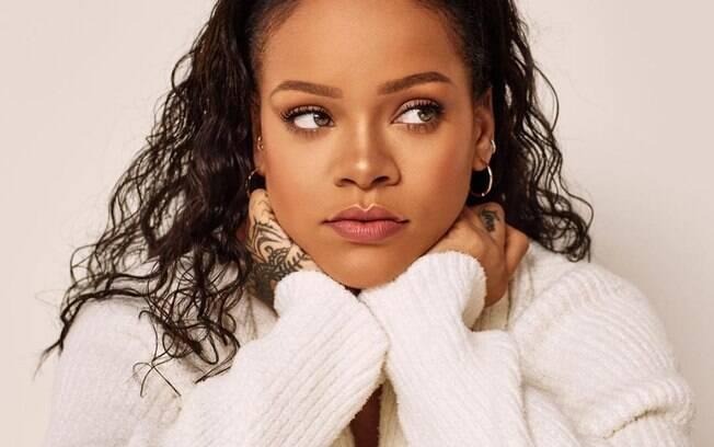 O maquiador de Rihanna comenta sobre os melhores truques e responde como disfarçar olheiras usando maquiagem
