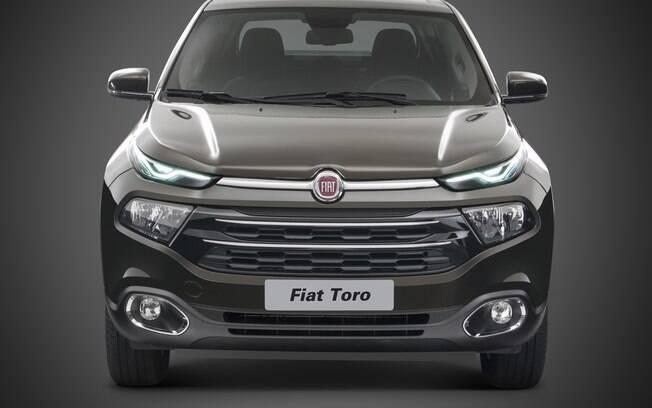 O SUV da Toro deverá ter a mesma cara da picape, com faróis compridos e com filete de LED