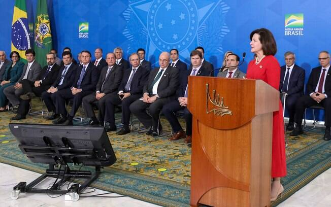 Raquel Dodge durante cerimônia no Planalto com a presença de Jair Bolsonaro