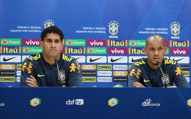 Pablo concedeu entrevista ao lado de Fabinho e comemorou sua primeira convocação para seleção: