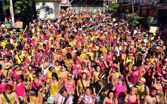 Empresas podem exigir que funcionários trabalhem no Carnaval em estados e municípios em que a data não seja feriado