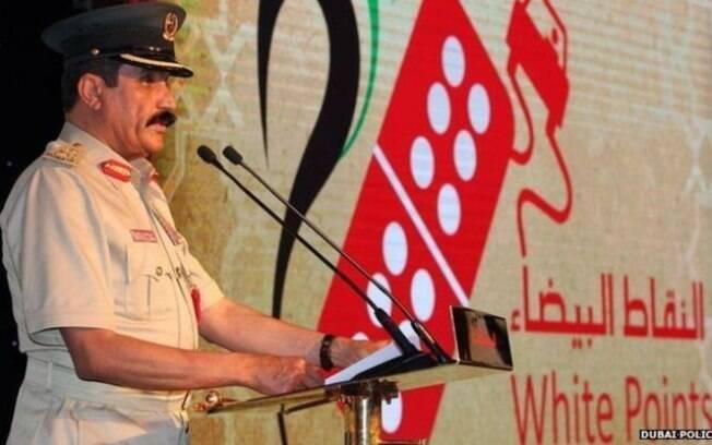 Chefe da polícia de Dubai, Khamis Mattar al-Mazeina diz que prêmios vêm ajudando a reduzir acidentes nas estradas