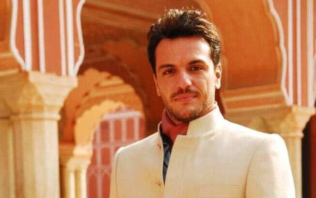 Raj (Rodrigo Lombardi) em
