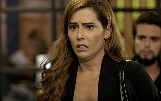 Alexia irá investigar Renzo e Dominique por conta própria