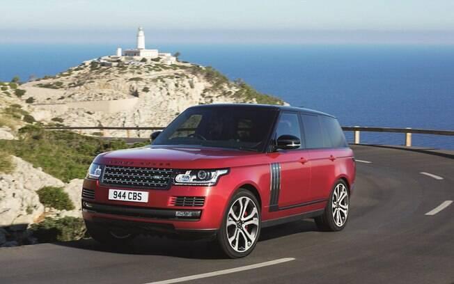 No topo da linha estará o Range Rover SVAutobiography Dynamic, versão que usa um motor 5.0 V8 de 550 cv e 69,3 kgfm, preparado pela Jaguar SVO.