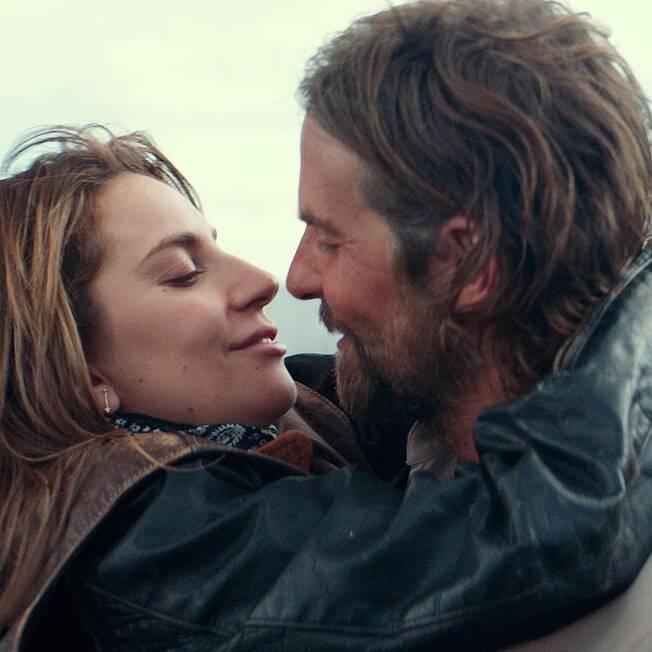 Lady Gaga e Bradley Cooper em