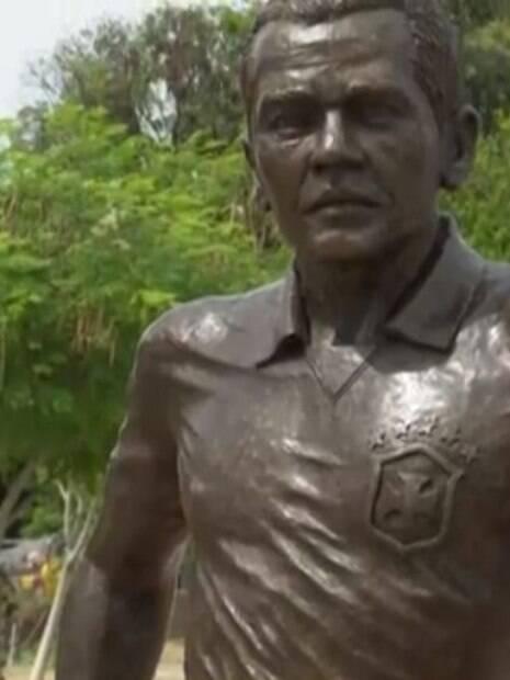 Estátua Daniel Alves