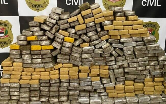 Homem é preso com 315 tijolos de maconha em Valinhos
