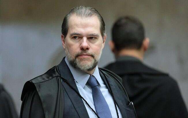 Dias Toffoli decidiu tirar de Moro investigação contra Guido Mantega; ministro assumiu a presidência do STF hoje