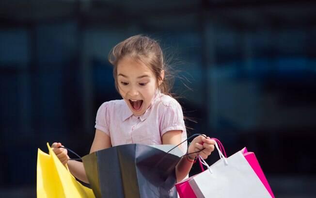 Menina de cinco anos pede para GAP fazer roupas sem distinção de gênero.