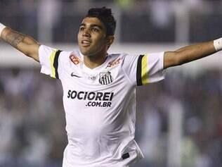 Garoto voltou a se destacar, anotando o primeiro gol do Peixe