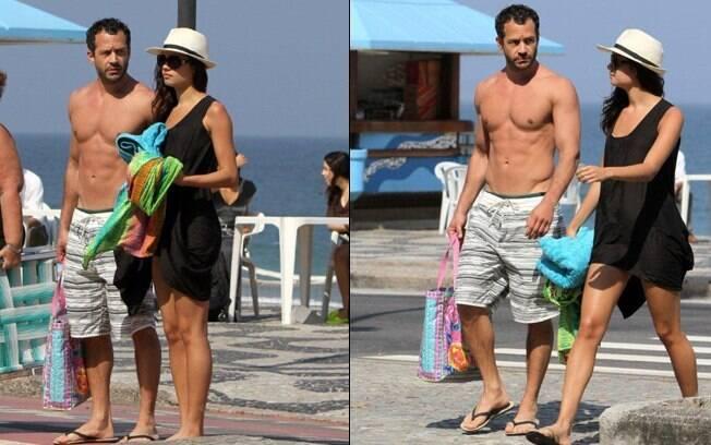 Malvino Salvador e Sophie Charlotte deixam a praia do Leblon