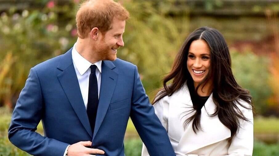 Harry e Meghan Markle renunciam os títulos da realeza britânica