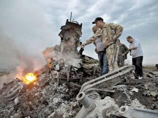 Leste ucraniano. Queda do voo MH17 da Malaysia Airlines pode ser considerada crime de guerra
