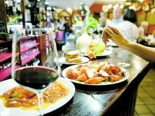 Alimentação. Dieta mediterrânea é rica em peixes, deixando de lado carnes vermelhas e gorduras de origem animal