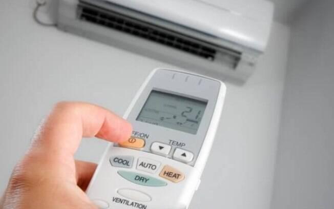 Para evitar problemas de saúde, a recomendação é realizar a limpeza do ar condicionado periodicamente