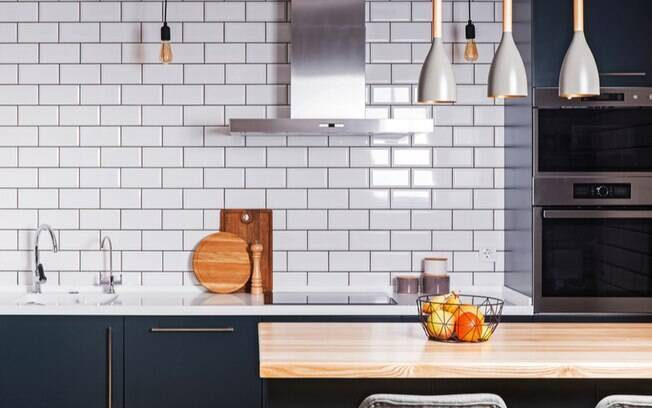 Azulejos na decoração: 7 dicas para deixar o ambiente mais moderno