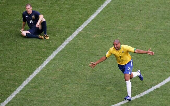 Ele deixou a sua marca na Copa de 2006 e fez  gol na partida diante da Austrália