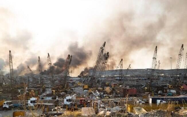 Explosão aconteceu no porto de Beirute, nesta terça-feira (4).