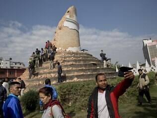 Como ficou Katmandu após tremor