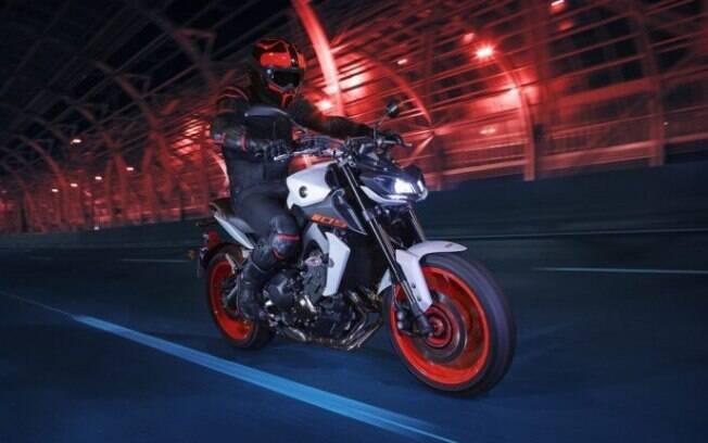 A Yamaha MT-09 da nova geração (foto), que ainda está por vir, deverá fornecer a maioria dos componentes para a novidade turbinada