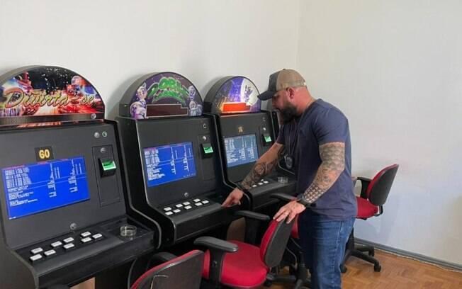 Polícia descobre bingo clandestino em Americana e apreende 15 máquinas