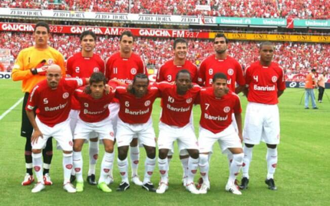O time do Internacional de 2009 tinha atletas como Taison, que disputou a Copa do Mundo na Rússia