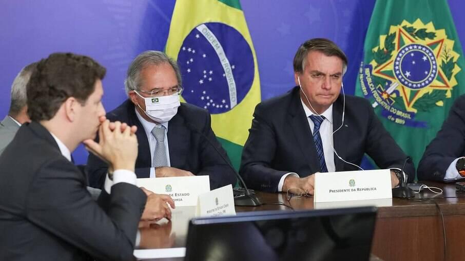 Bolsonaro em videoconferência com presidente da Pfizer, Albert Bourla, em março de 2021: gabinete pessoal do presidente acusou recebimento de carta da farmacêutica, em setembro, que ficou sem resposta por dois meses
