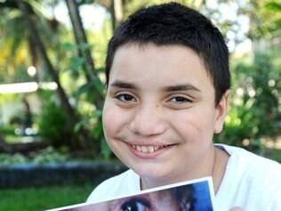 Na foto, o menino Juan Alencar.