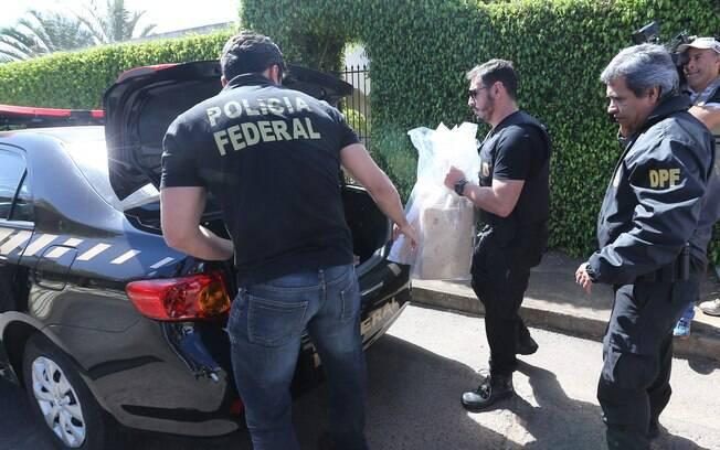 Segundo o deputado Roberto Jefferson, os envolvidos recebiam uma 'mesada' de R$30 mil do então tesoureiro do PT