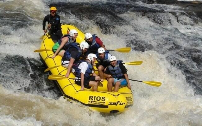 Os rios de aventura, na cidade de Socorro, são ótimos para praticar rafting, por isso atraem tantos turistas ao local