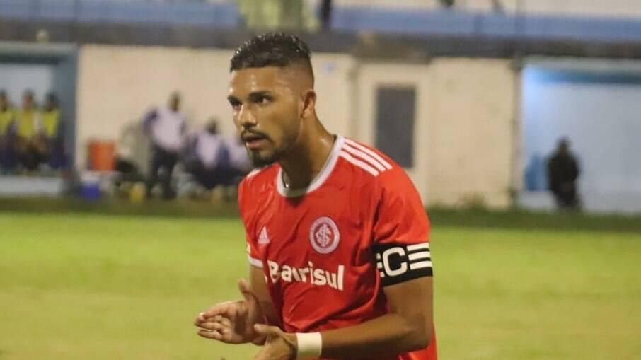 Tavares não deve permanecer no Inter