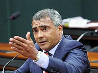 Romário explicou a eleitores que se aliou ao PT para ter tempo de TV