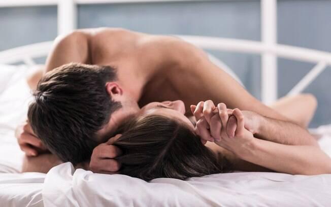 Sexólogas te ajudam a incrementar uma das posições sexuais mais populares