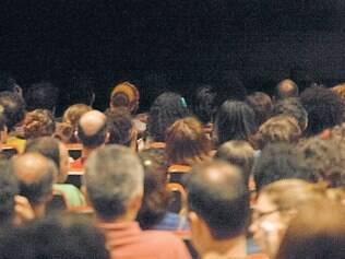 Fruição. Para Rita Gusmão, falta ao espectador atentar para a sua função de criador na etapa final do processo teatral.