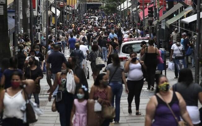 Covid-19: Jovens e adultos so responsveis por 85% dos casos em Campinas