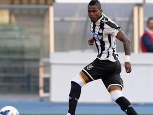 Maicosuel está com quase 28 anos e passou por Paraná, Cruzeiro, Palmeiras, Hoffenheim-ALE, Botafogo e Udinese-ITA