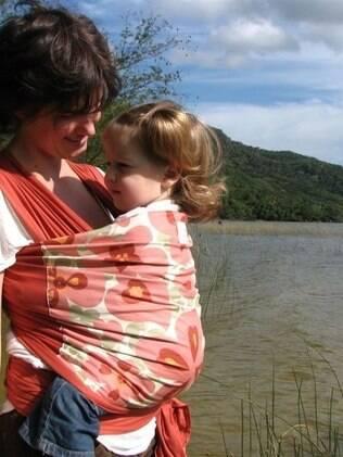 Tamara ainda amamenta a filha de quatro anos: